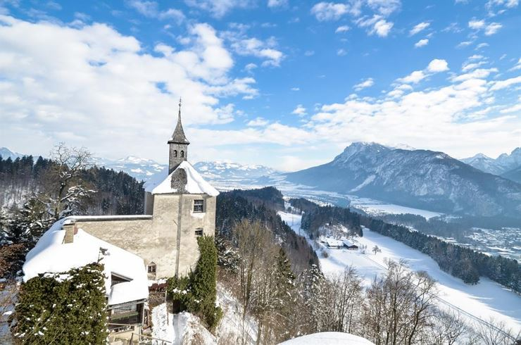 Reflective winter walk to the Thierberg Chapel - Kufstein