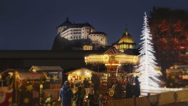 Christmas market in the municipal park