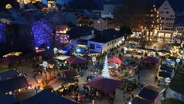 Christmas market in the municipal park  - Kufstein