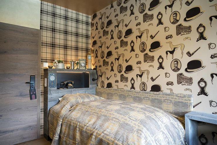 boutique hotel tr umerei 8 by auracher l chl kufstein. Black Bedroom Furniture Sets. Home Design Ideas