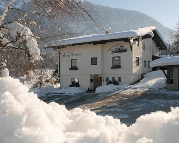 Pension Perle Tirol in Schwoich im Winter