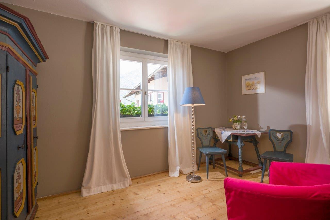 ferienhaus blaue quelle erl. Black Bedroom Furniture Sets. Home Design Ideas